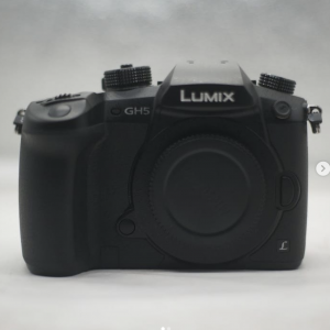 [Buy-Used]Panasonic Lumix DC-GH5 Mirrorless Digital Camera Body Only
